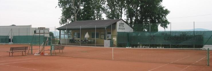 Die Tennisanlage des UTC Langenlebarn
